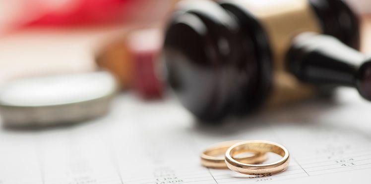 L'actu insolite du jour : Après la box spéciale mariage, voici la «divorce box» !