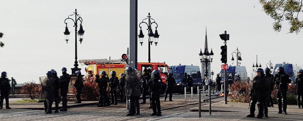 Photos : les lycéens ont manifesté ce mercredi à Bordeaux